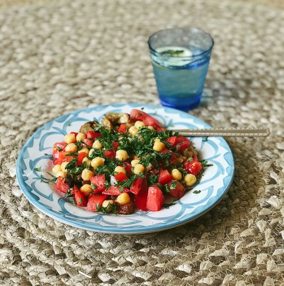 recepta za salata s domati patladjan i nahut